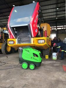 H100 Hot water high pressure cleaner